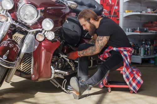 バイクの整備師を募集!
