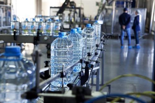 神奈川県にあるペットボトル工場でのお仕事になります!!
